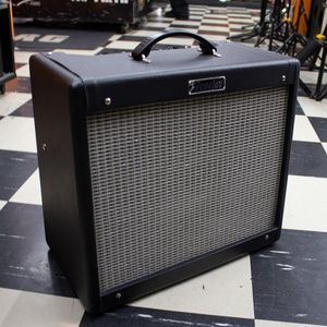 CAIXA-AMPLIFICADA-FENDER-BLUES-JUNIOR-III-USADOS